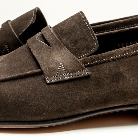 Santoni Loafer in dunkelbraun aus Veloursleder